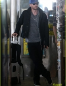 chris-evans-heads-to-new-york-city-after-disneyland-date-04.jpg