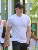 minka-kelly-grabs-chris-evans-chest-at-the-movies-05.jpg
